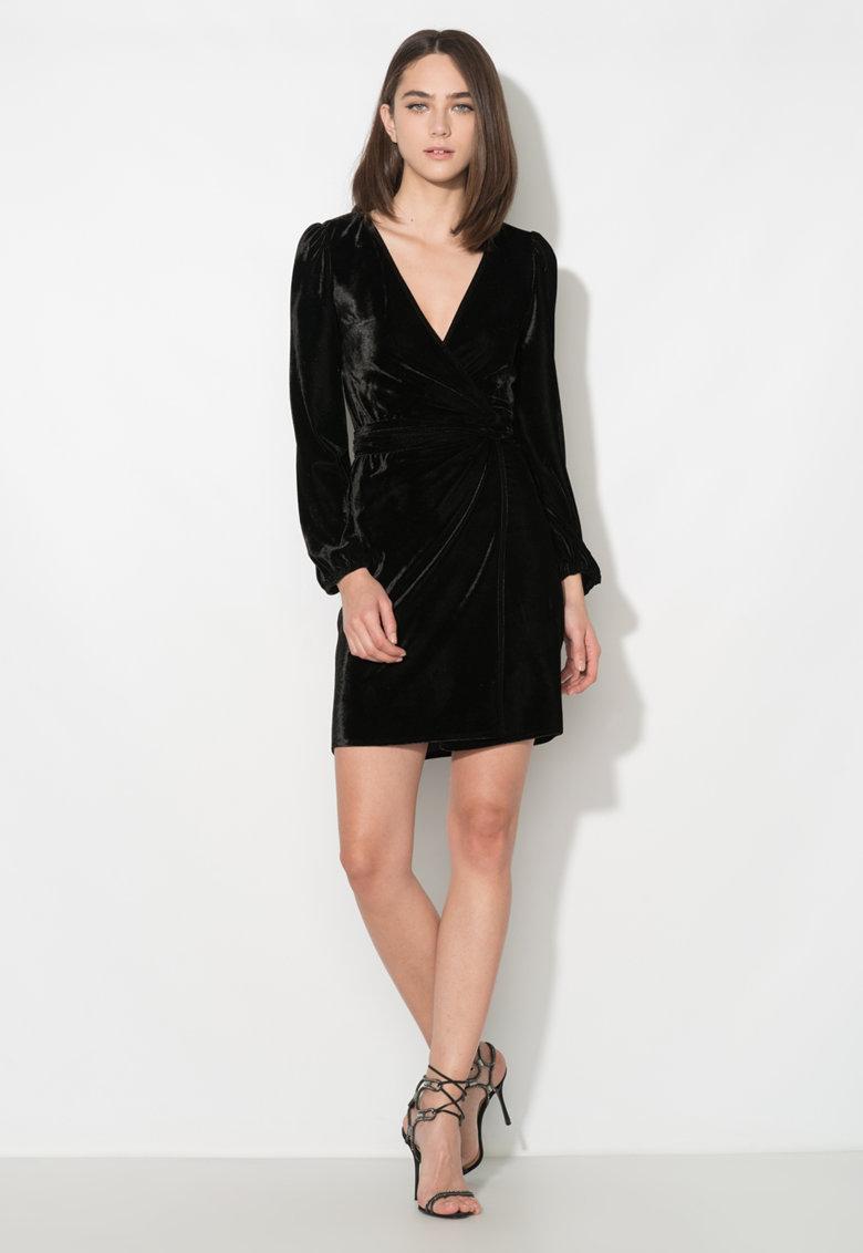 Rochii negre online! Modele de rochii negre lungi si scurte!