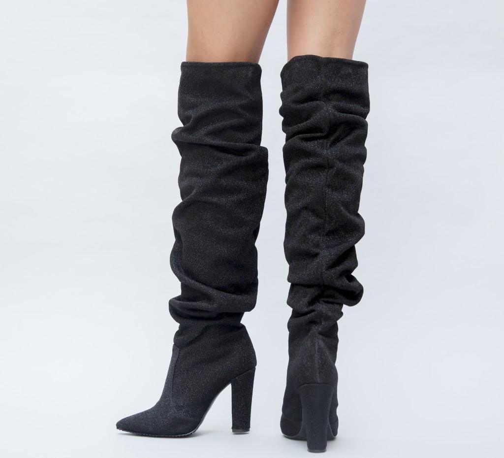 Cizme peste genunchi! Modele variate de cizme peste genunchi online!
