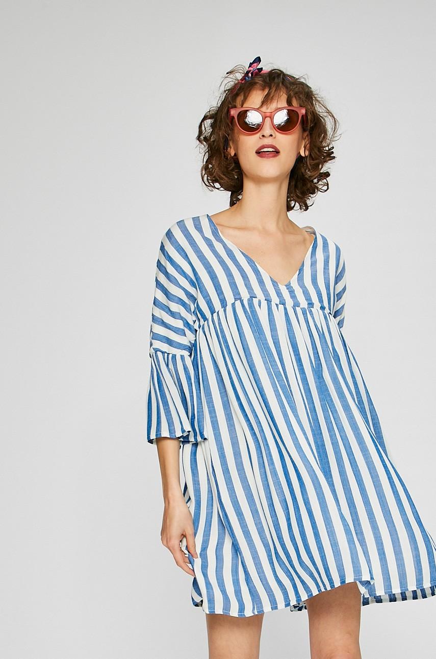 Rochii albastre! Modele de rochii albastre lungi si scurte online!